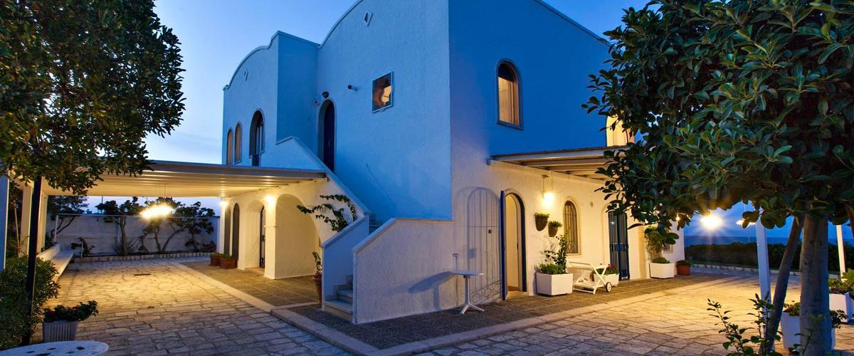 Vacation Rental Villa Virtuoso