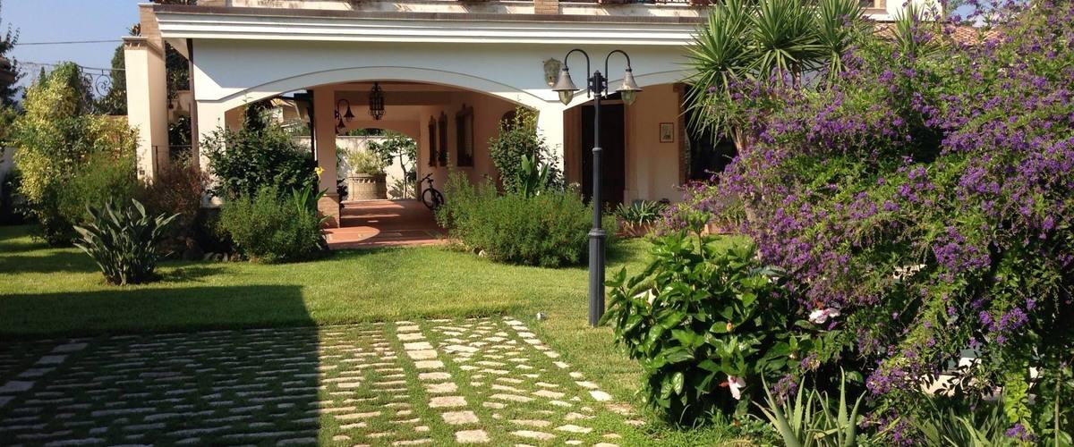 Vacation Rental Villa La Sila