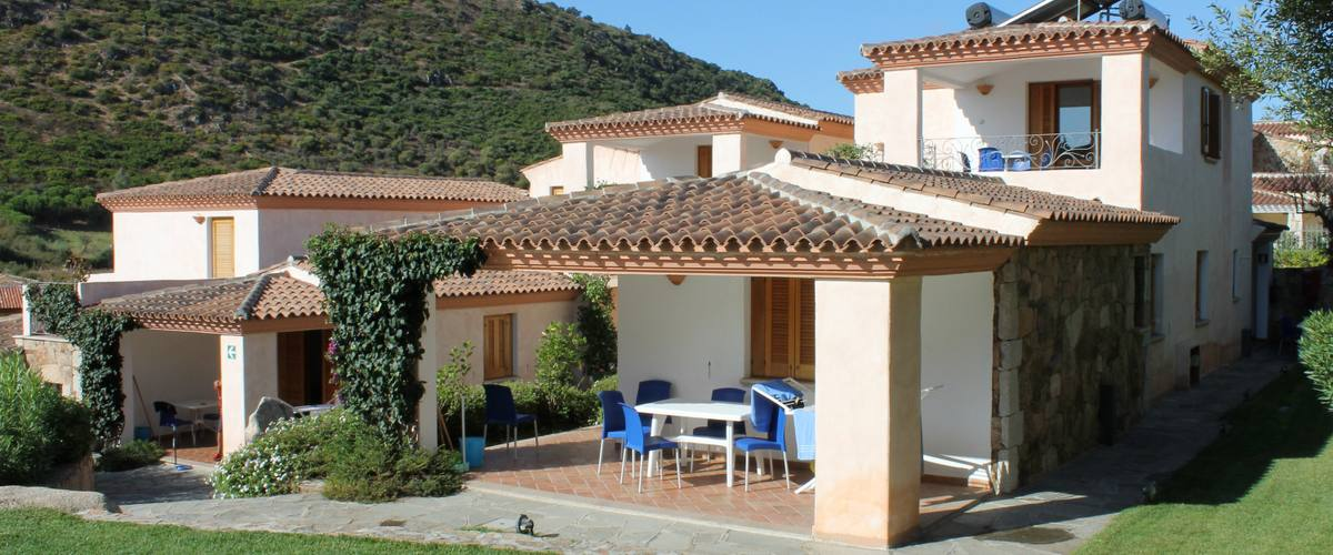 Vacation Rental Residence Il Mirto - Trilo