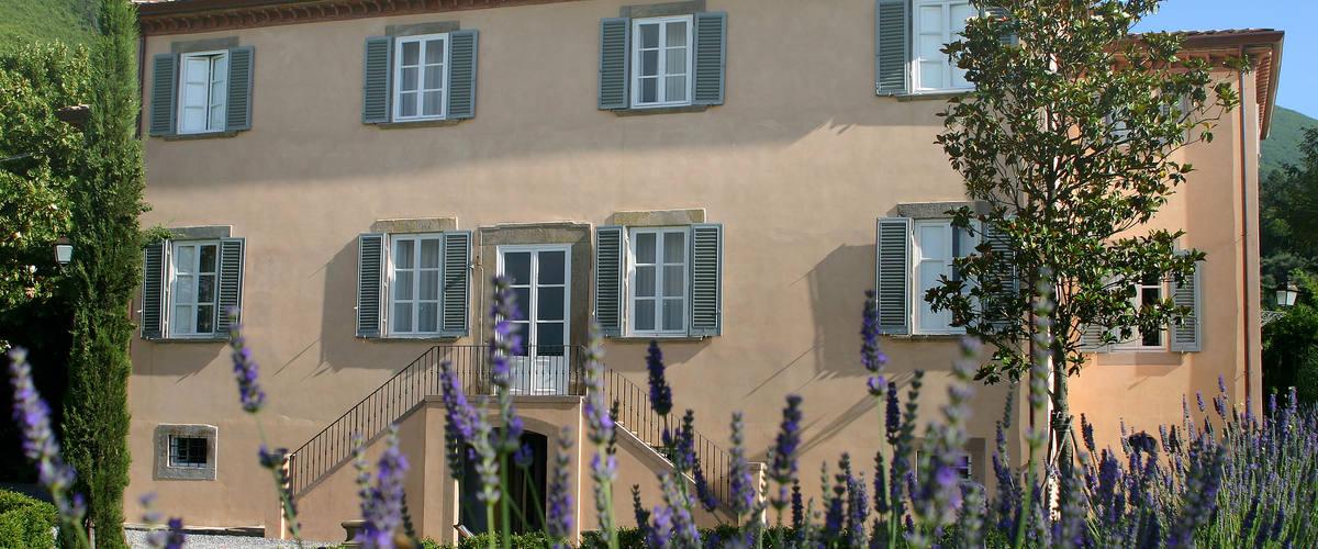 Vacation Rental Villa Il Colosso