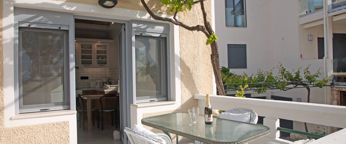 Vacation Rental Residence Thera - Elia
