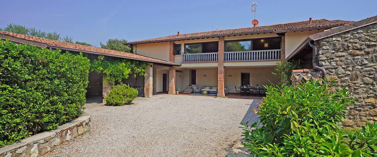 Vacation Rental Villa Genoa