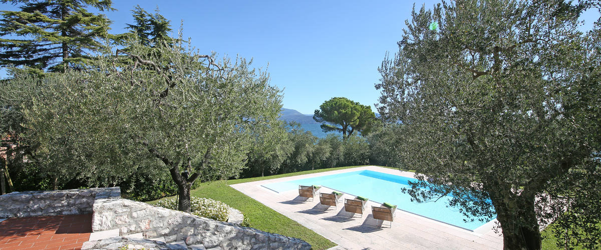 Vacation Rental Villa Bobine