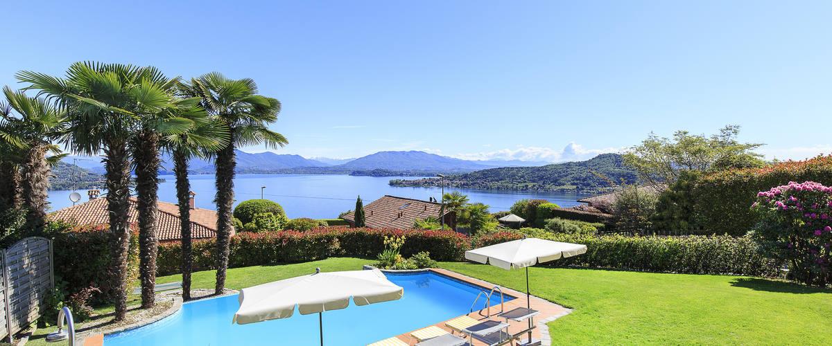 Vacation Rental Villa Preziosa - 6 Guests