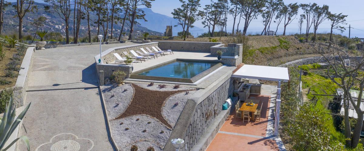 Vacation Rental Villa Nicola