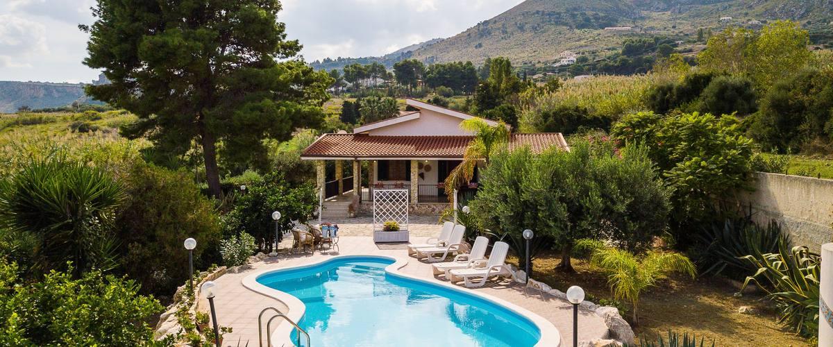 Vacation Rental Villa Il Veliero