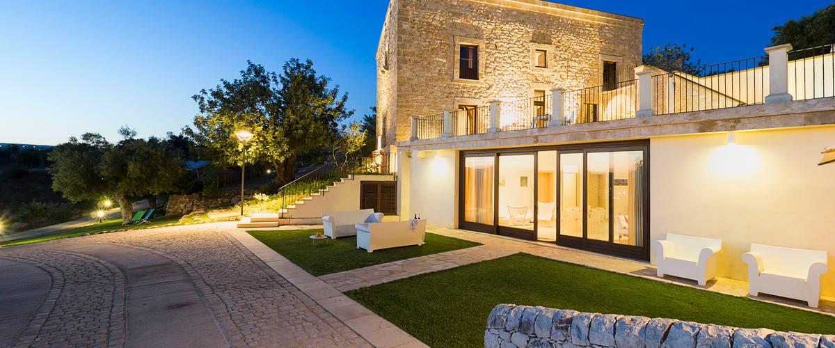 Vacation Rental Villa Begonia - 6 Guests