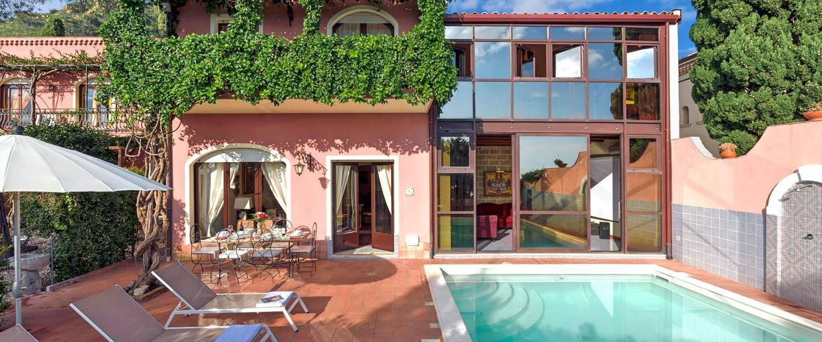 Vacation Rental Villa Poesia - 6 Guests