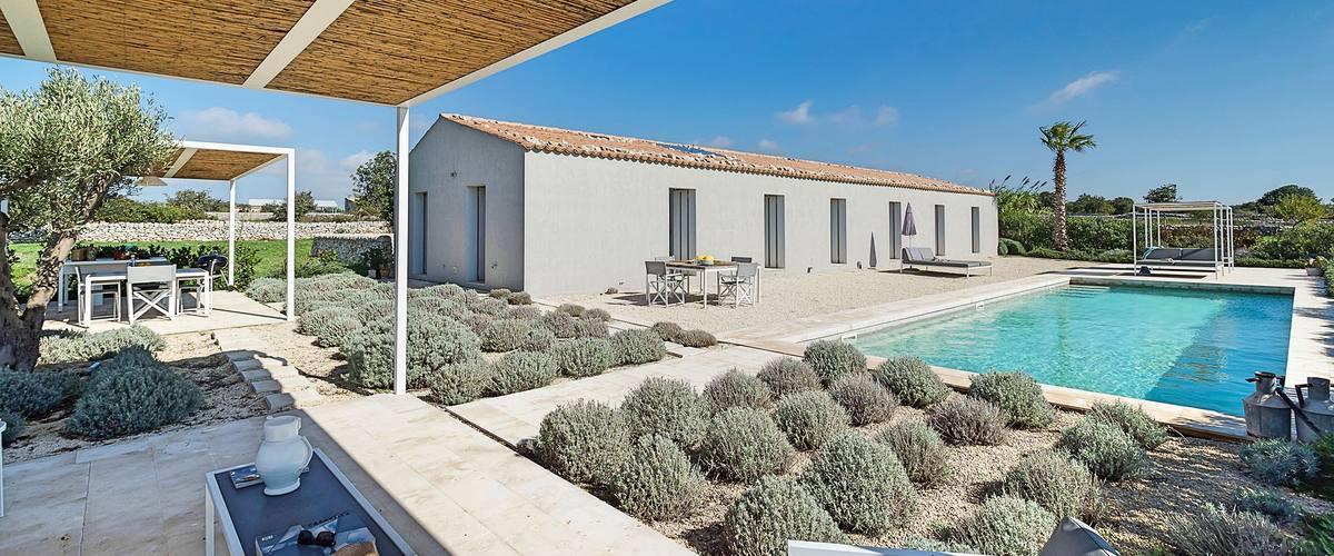 Vacation Rental Villa Campana