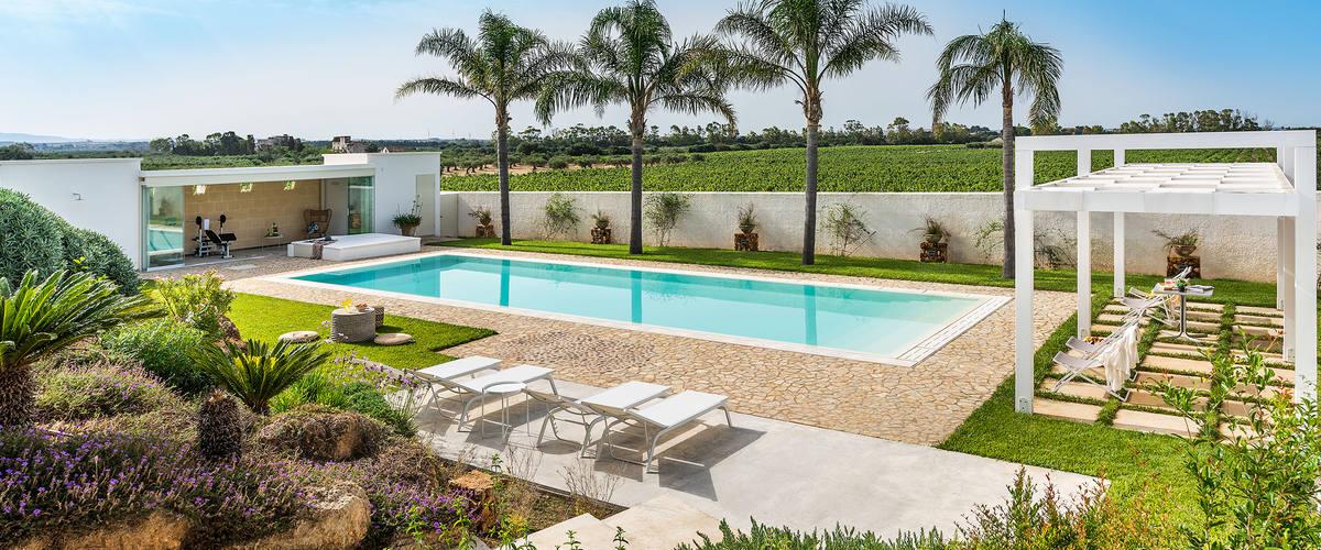Vacation Rental Villa Nerissa - 6 Guests