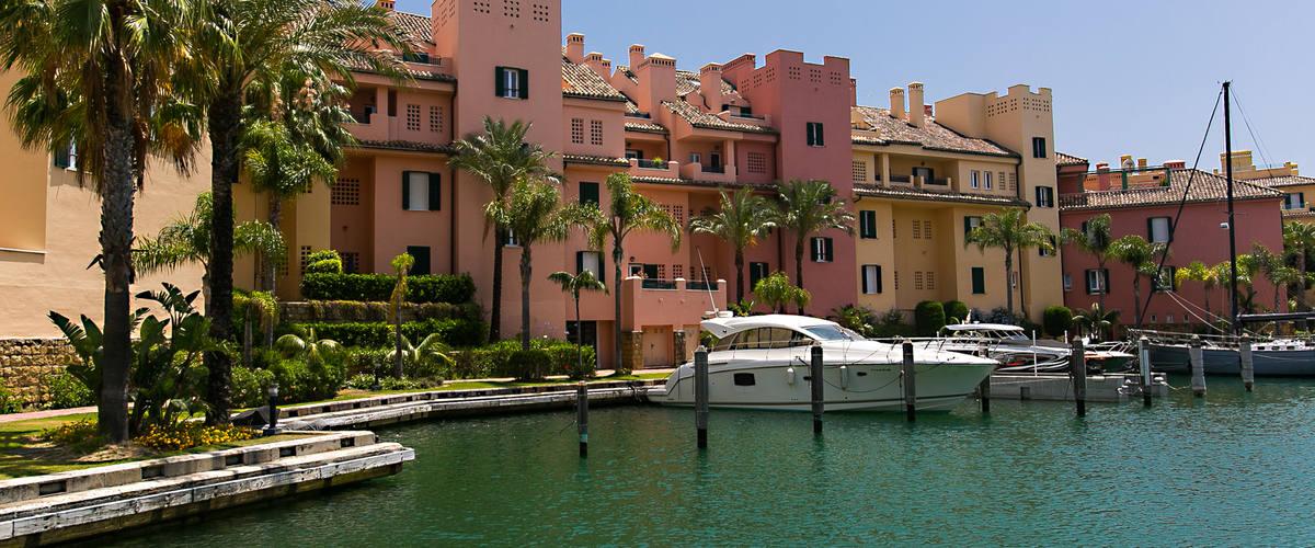 Vacation Rental Sotogrande Marina 2 Br Grnd Flr Apartment With 2 Terraces