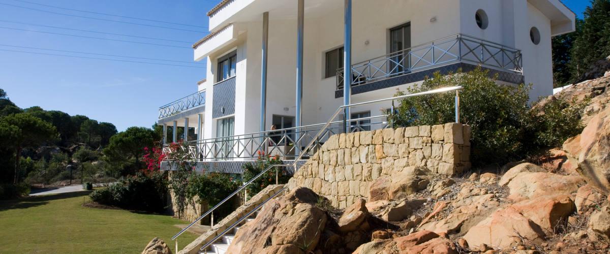 Vacation Rental Sotogrande Almenara Modern 6 Br Villa w. stunning sea views