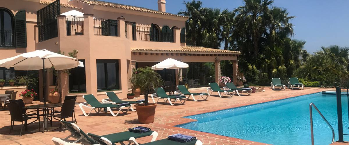 Vacation Rental Alcaidesa Large 5 Br sea view villa w. heated pool, tennis