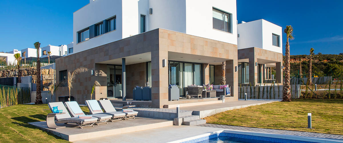 Vacation Rental Manilva Contemporary Villa W. Stunning Views To Morocco