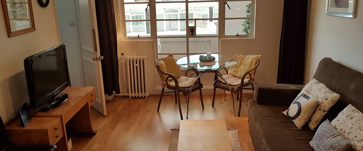 Vacation Rental Broadwalk Notting Hill W8