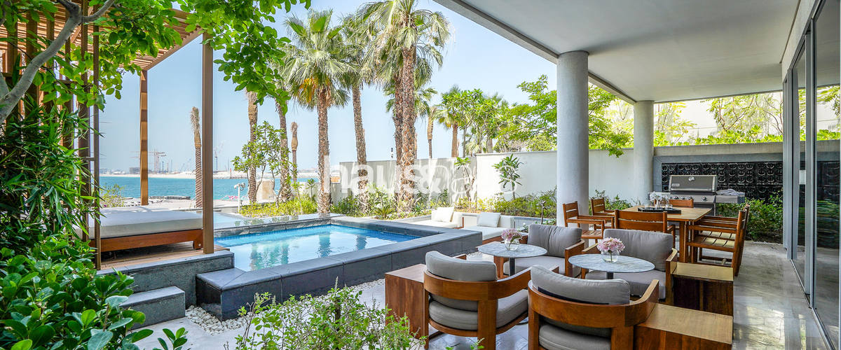 Vacation Rental Five Residences