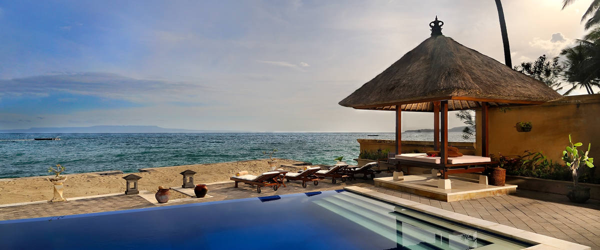 Vacation Rental Laid-Back Ocean Front Villa with Fantastic Views and Snorkeling