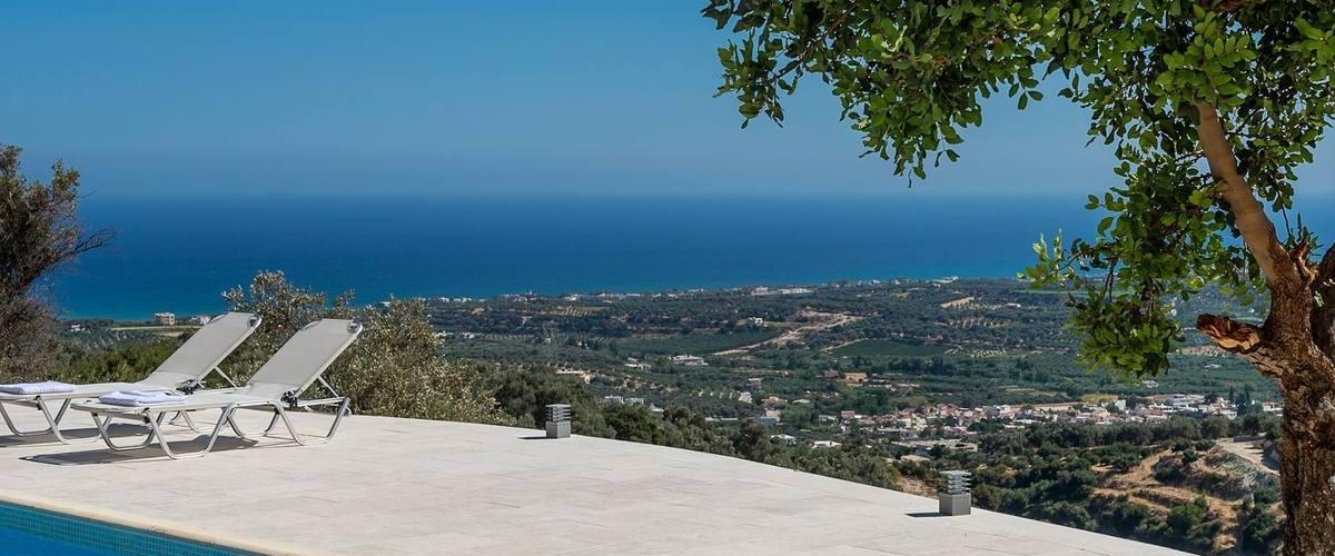 Vacation Rental Villa Eurybia