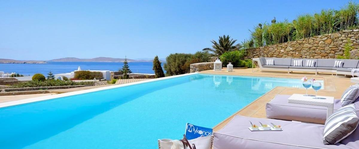 Vacation Rental Villa Agathe