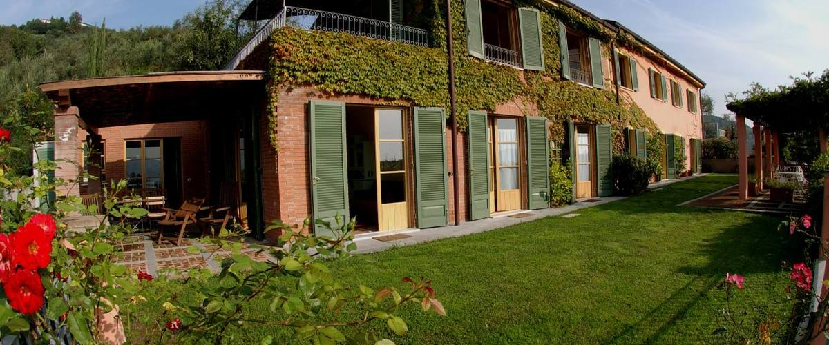 Vacation Rental Il Pergolato - Novo