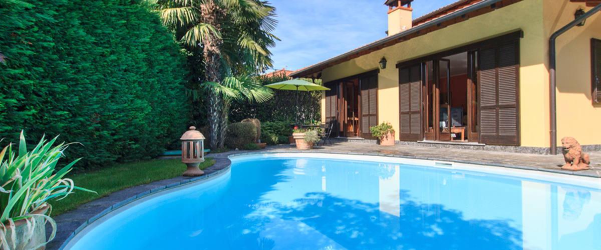 Vacation Rental Villa Azolina