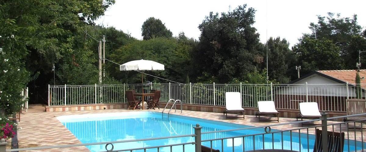 Vacation Rental Villa Le Caste
