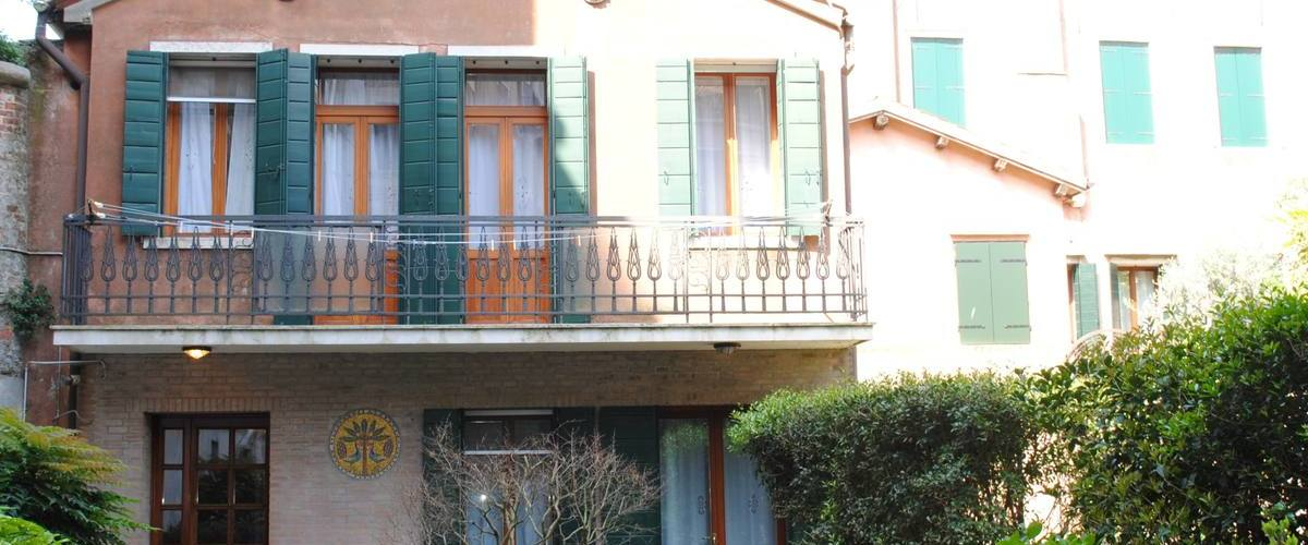 Vacation Rental Il Palazzetto - Whole House