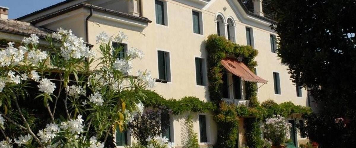 Vacation Rental Villa Magna