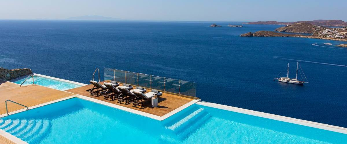 Vacation Rental Villa Lenora