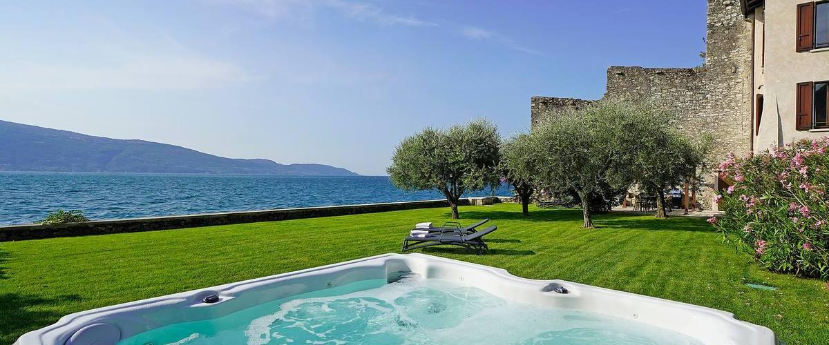 Vacation Rental Villa Pamina