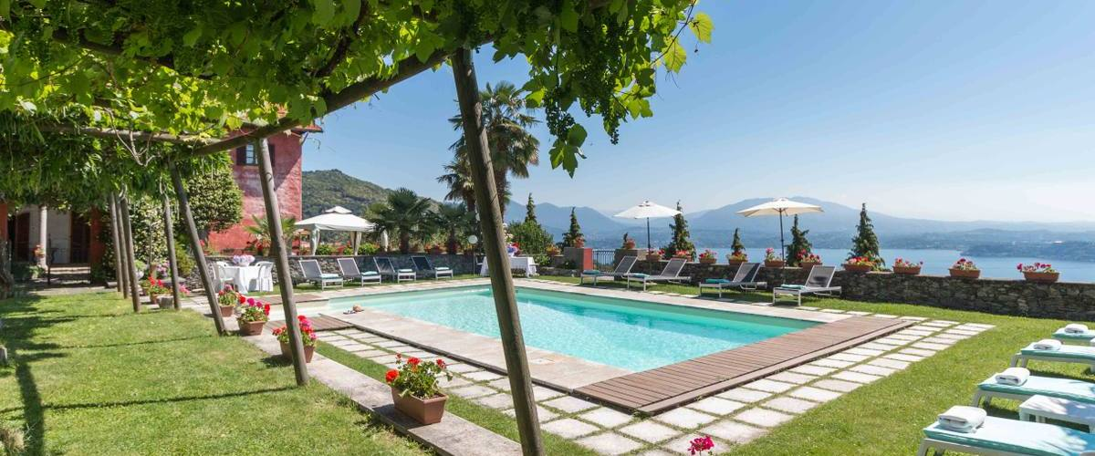 Vacation Rental Villa Stresa Giglio - 4 Guests
