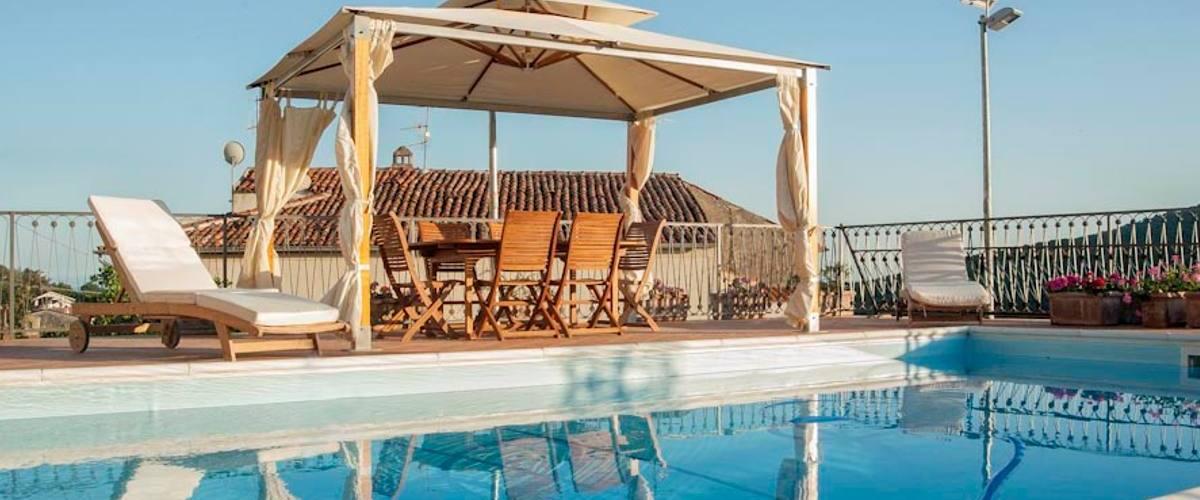 Vacation Rental Villa Vibrante - 14 Guests
