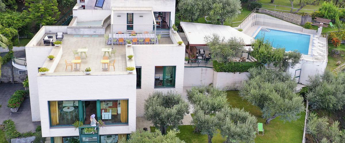 Vacation Rental Villa Cinzia - 18 Guests