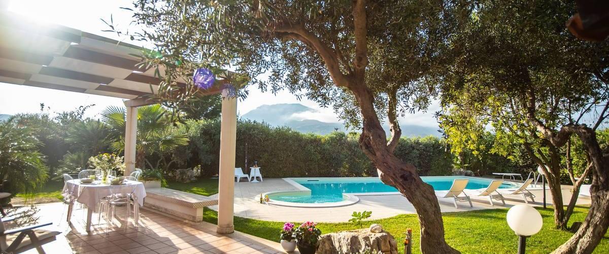 Vacation Rental Villa Fascino