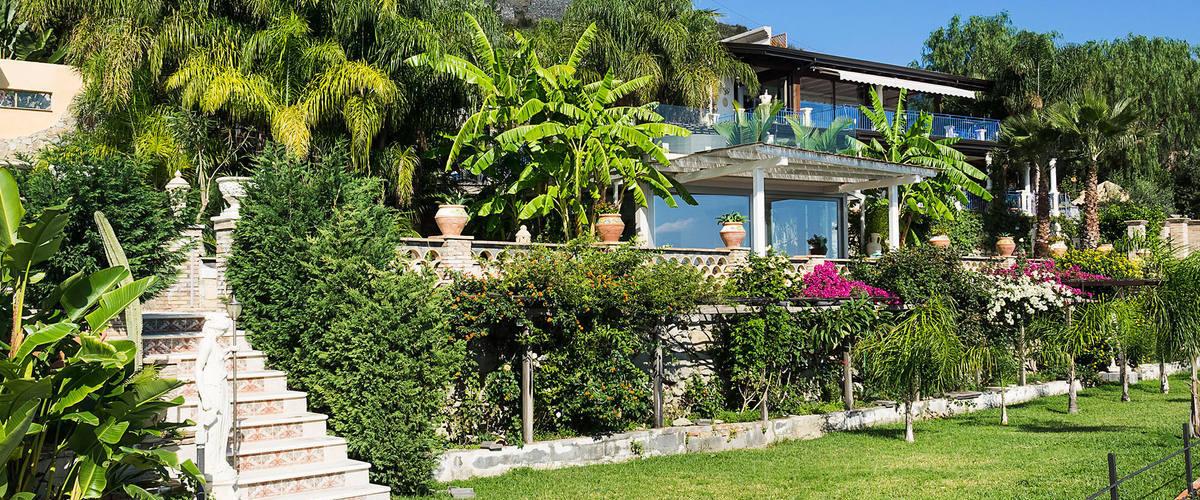 Vacation Rental Villa Letojanni - 8 Guests