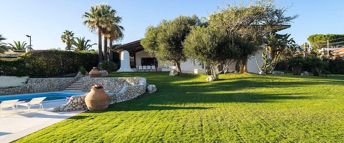 Vacation Rental Villa Luna Blu - 12 Guests