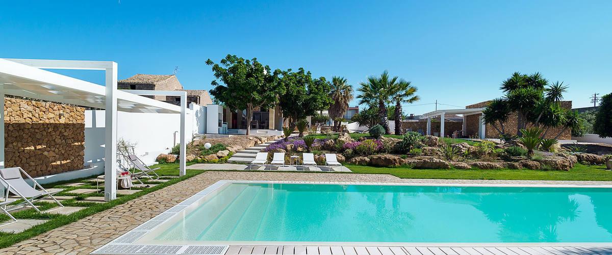 Vacation Rental Villa Nerissa - 10 Guests