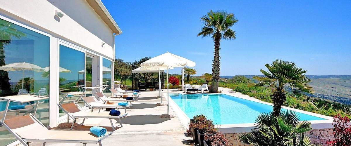 Vacation Rental Villa Carana