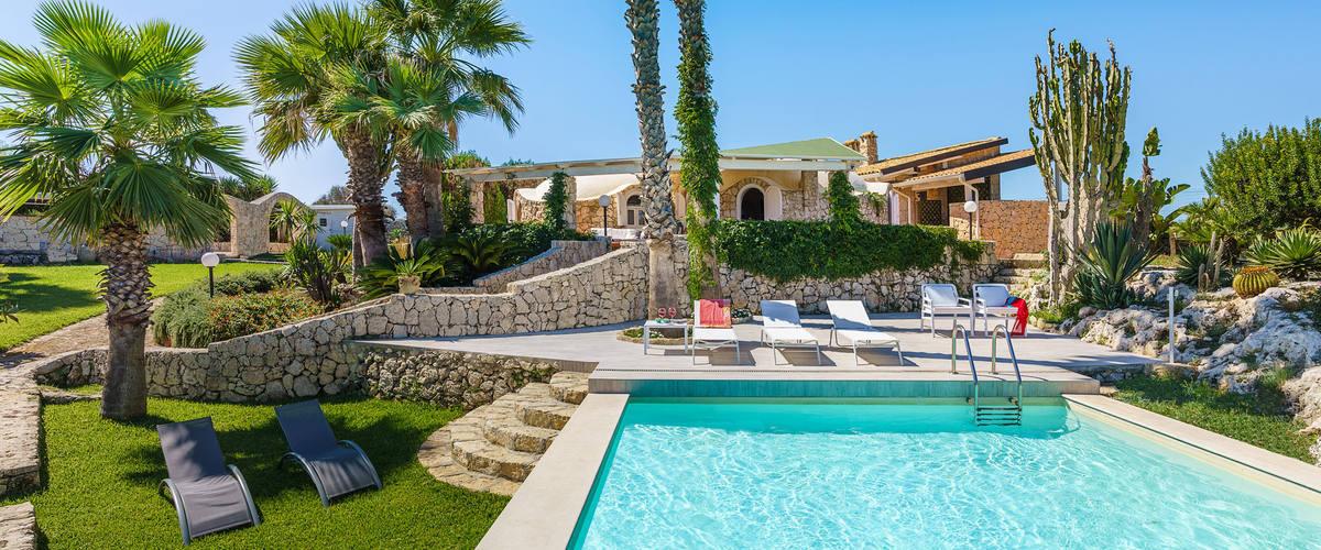 Vacation Rental Villa Catrice - 4 Guests