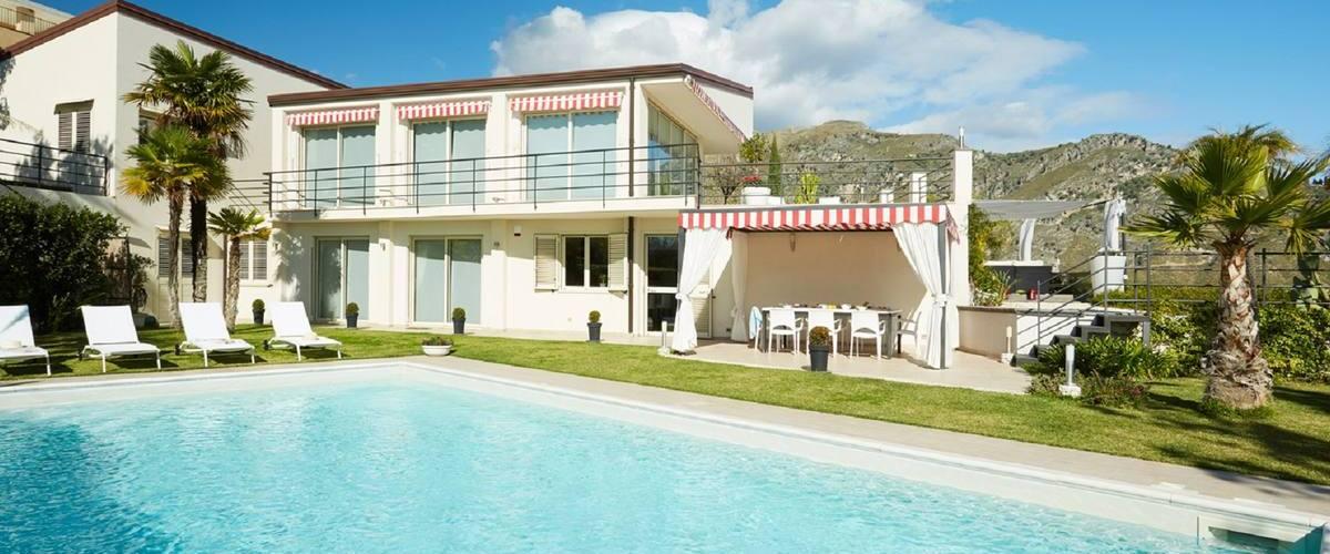 Vacation Rental Villa Noemi