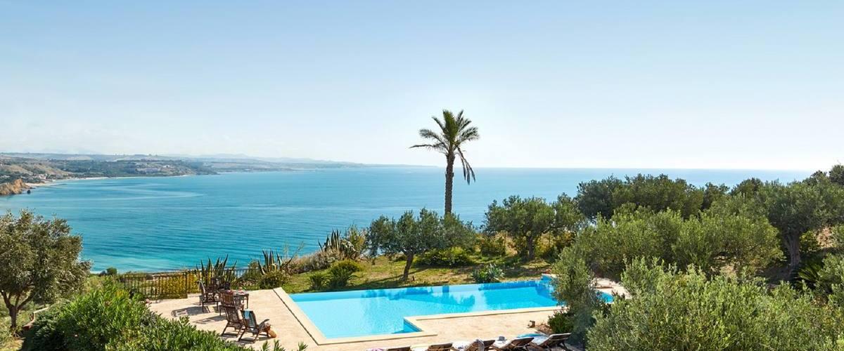 Vacation Rental Villa Giralda