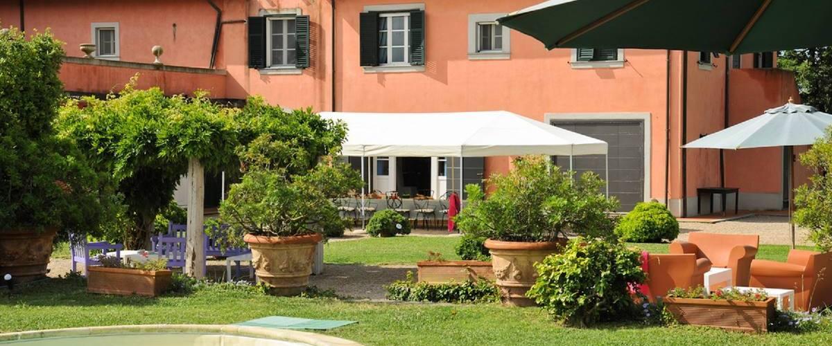 Vacation Rental Villa Jacaranda