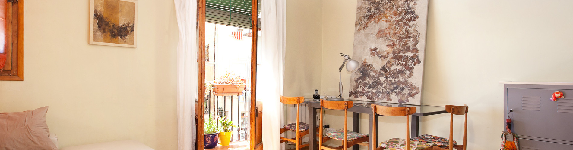 Vacation Rental Authentic flat in Poble Sec - Paralelo