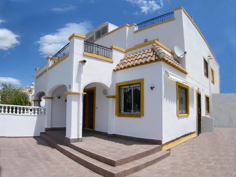 Villa Lisa South Facing Quad In Jardin Del Mar Torrevieja