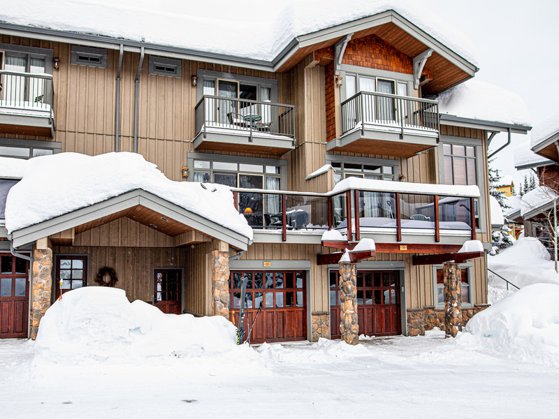 Vacation Rental Discovery's Trapper's Landing 13 in Sun Peaks