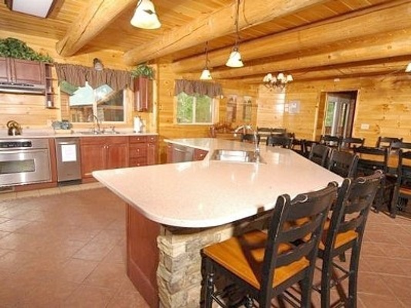 Vacation Rental Moose Hollow Lodge