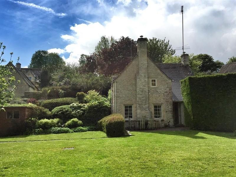 Vacation Rental Spring Cottage