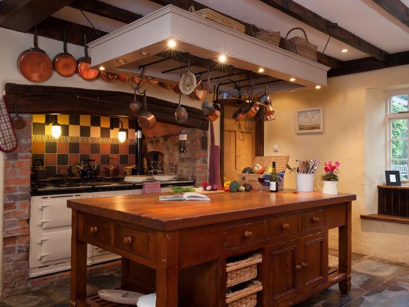 Vacation Rental Hutchinghayes Farmhouse