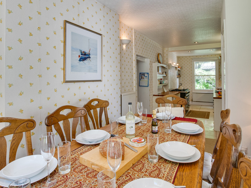 Vacation Rental Clevehurst Cottage