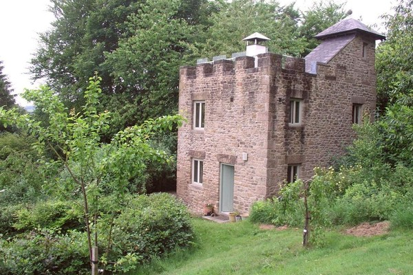 Vacation Rental Little Hallmoor Castle